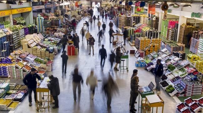 Nace en Barcelona el primer mercado mayorista de alimentos frescos ecológicos