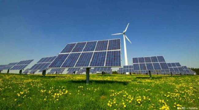 La solar y la eólica pasan a ocupar un lugar dominante en la inversión en fuentes de energía