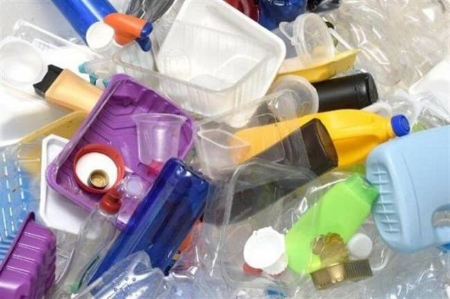El Congreso de Perú aprueba una ley que prohíbe la fabricación y uso de plásticos no reutilizables