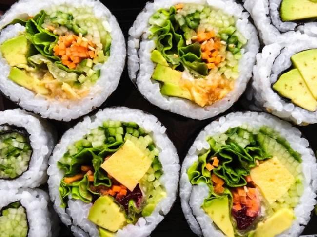 Sushi con vegetales