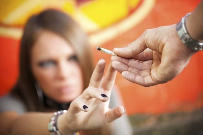 Si tu hijo se fuma un porro su cerebro ya no será jamás el mismo