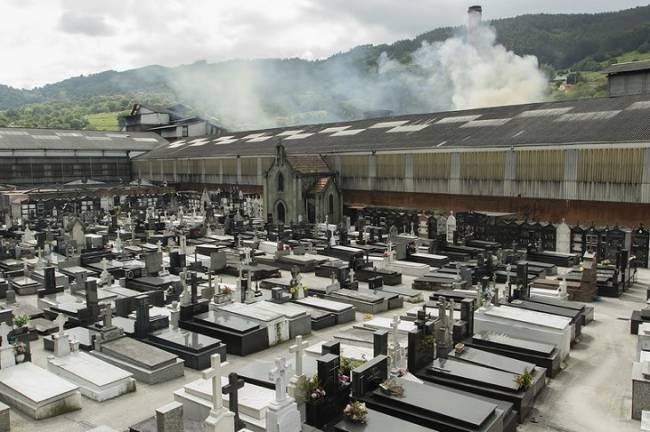 Asturias. Los vecinos de Trubia denuncia fuertes olores por la mañana en sus viviendas