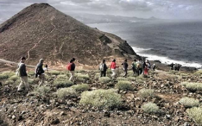 Defensa abre la base militar de La Isleta (Gran Canaria) con cinco senderos para hasta 50 personas a la vez