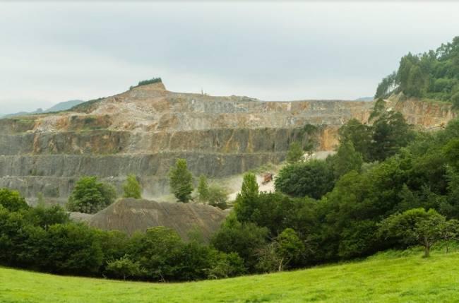 El Principado de Asturias desestima los recursos presentados a la planta de aglomerado asfáltico en Priorio