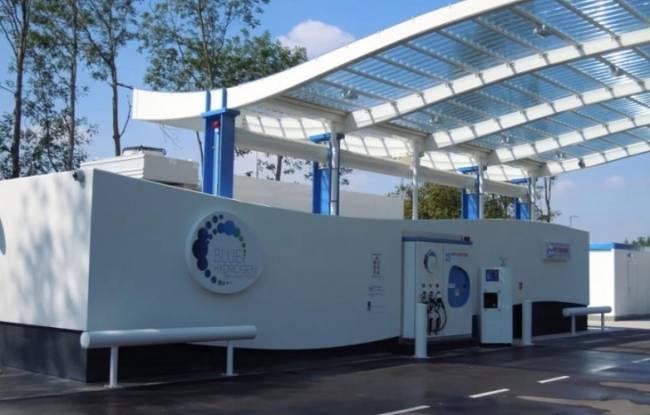 Toyota y Shell pondrán en marcha una estación de recarga de vehículos de pila de combustible en EEUU